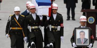 Oekraïense Minister Noemt Moordenaar Russische Ambassadeur een 'Held'