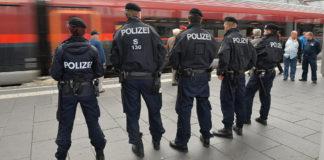 Politie Oostenrijk doorzoekt Opvangcentra na aanranding Oud & Nieuw